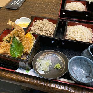 穴子天丼と二色蕎麦(山商)