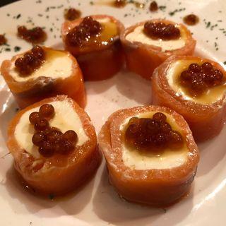 サーモンのクリームチーズ巻き(KITAO(オドルバルキタオ))
