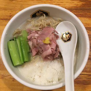 冷やし真鯛ラーメン(真鯛出汁氷入り)限定(真鯛らーめん 麺魚 )