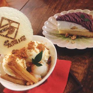 紫芋のモンブラン(太陽ノ塔 別館 (タイヨウノトウ))