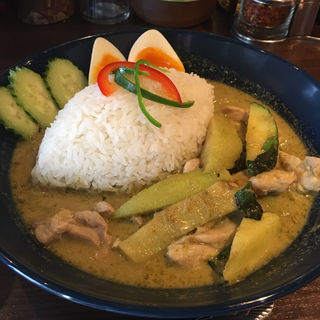 グリーンカレー(THAIFOOD DINING&BAR マイペンライ )