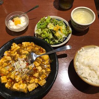 黒胡椒のま〜ぼ〜豆腐(創作中華料理 胡椒饅頭 KIKI)