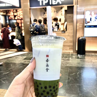 タピオカまっ茶ラテ(TP TEA 博多駅店)