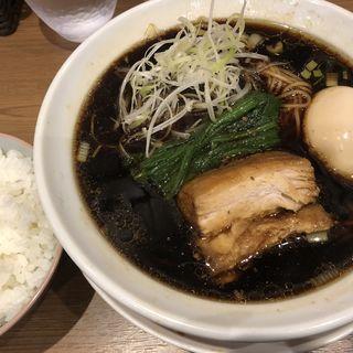 らーめん&ライスセット+煮玉子(びじねす食堂)
