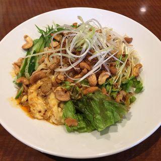 汁無し坦々麺(小燕京 (ショウエンキン))