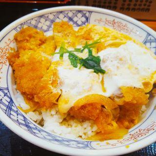 ロースカツ丼(立呑み とんかつ まるや 新橋店 )