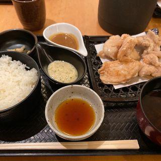 白い唐揚げ定食(やきとり宮川 大手町店 )