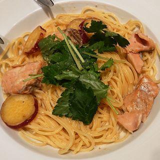 秋鮭とサツマイモの豆乳胡麻クリーム(ラパウザ アトレ川崎店)