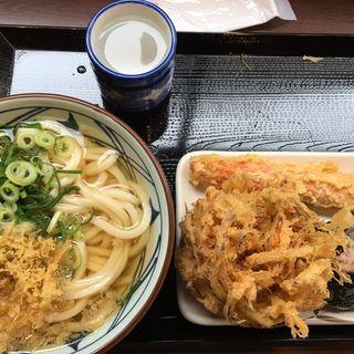 かけうどん・野菜かき揚げ・ちくわ天・おにぎり(丸亀製麺 筑後店)
