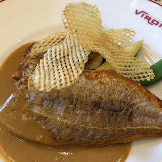 鮮魚のポワレ 伊勢海老のアメリケーヌソース(ブラッスリー・ヴィロン 丸の内店 (Brasserie VIRON ))