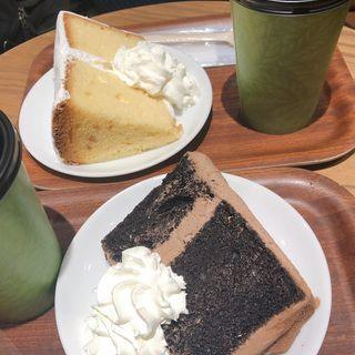 シフォンケーキ (ホノルルコーヒー KITTE博多店)