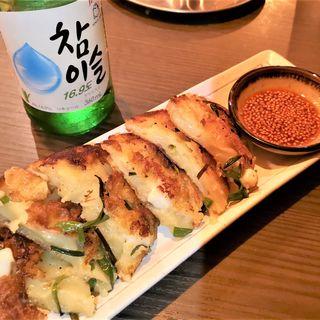 イカとニラのチヂミ(韓国バル OKOGE 天王寺店 )