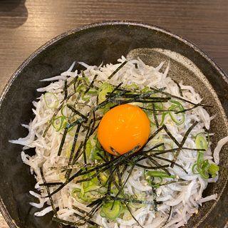 しらす丼(天晴水産 ぽっぽ家)