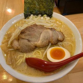 塩豚骨ラーメン 大盛り(ラーメン つけ麺 一蔵)
