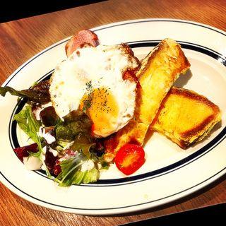 フレンチトースト(肉が旨いカフェ NICKSTOCK 広島駅前)