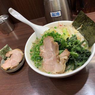 野菜らーめん(豚骨醤油らーめん まぼろし)