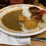 メンチカツカレー(辛口)+サービス唐揚げトッピング