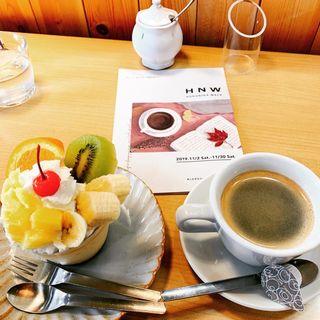 プリンアラモード(カフェ ラボ ハマダ (CAFE LABO HAMADA))