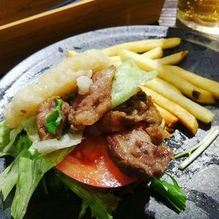 馬カルビライスバーガー(馬肉料理専門店 和み家)