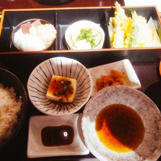 魚盛御膳(魚盛 有楽町ビル店 )