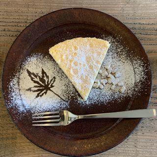 チーズケーキセット(珈琲とチーズケーキぐるりと)