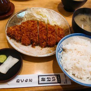 とんかつ定食(弁けい (べんけい))