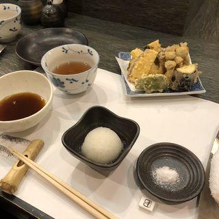 日替わり天丼(限定10食)(天ぷら わかやま (てんぷらわかやま))