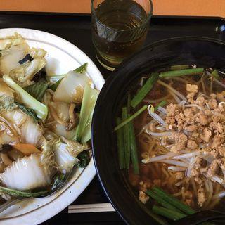 中華飯+台湾ラーメン(聚縁軒)
