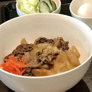 牛丼(生卵/ミニサラダ/アイスコーヒー付き)(TastyCafe)