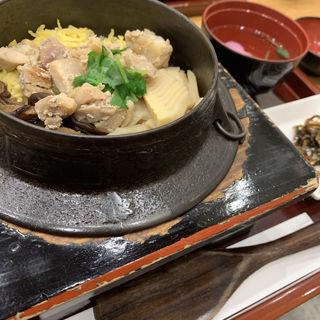鶏釜めし(銀座立田野 東横西館店 (ぎんざたつたの))