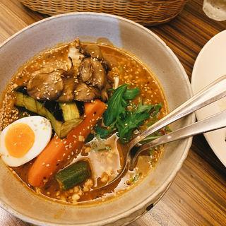 納豆とオクラのスープカレー(東京らっきょブラザーズ )