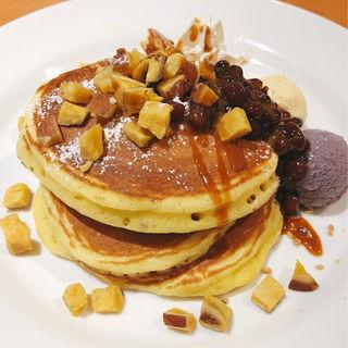 紫芋のパンケーキ(デニーズ 中野坂上店 (Denny's))