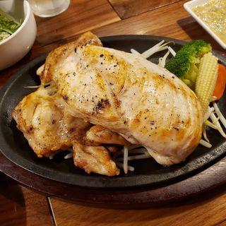 鶏モモ肉 200g + 鶏ムネ肉 200g(筋肉食堂 渋谷店)