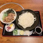 生醤油うどん肉めしセット(大盛)