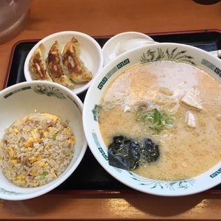 とんこつラーメン+半チャ+餃子3個セット(日高屋 千葉富士見店 )