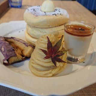 紅天使のおいもパンケーキ(3 STARS PANCAKE (スリースターズパンケーキ))