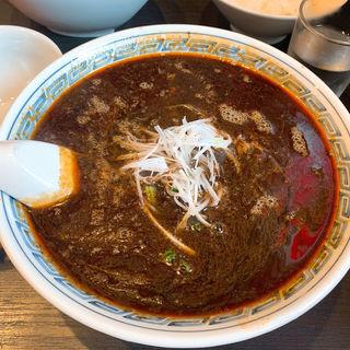 黒ごま担々麺(料理工房 萬福飯店)
