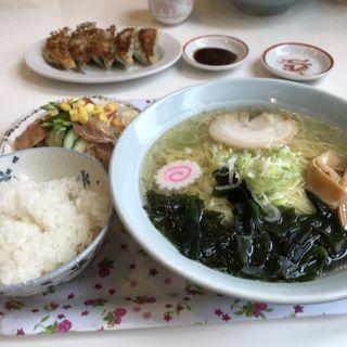 塩ラーメンセットと餃子(かよう軒)