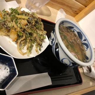 野菜かき揚げ肉うどん(萬田うどん)