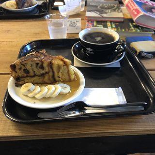 クロワッサンプリン(ZEBRA Coffee & Croissant)