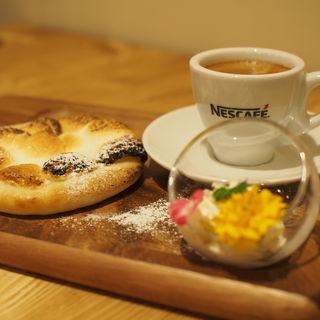 マシュマロピザのエスプレッソ添え(Pizza Cafe TakemuRa (ピザカフェタケムラ))