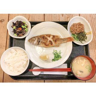 アカムツ塩焼き定食(梅山鉄平食堂 )