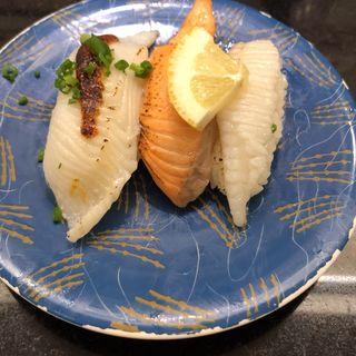 炙り3貫(回転寿司 和楽 市場店)