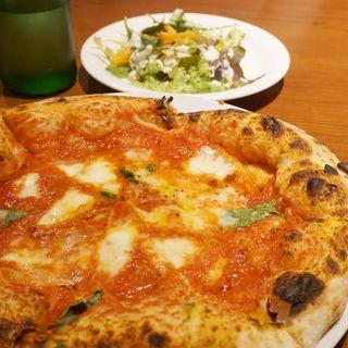 ピッツァランチ(サラダ・ピッツァ・デザート・コーヒー)(ピッツェリア・ファリーナ(Pizzeria Farina))