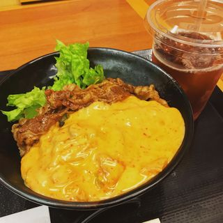 キムチーズ焼肉丼(肉のヤマキ商店 お茶の水サンクレール店)