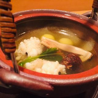 八寸_長野産松茸と淡路産鱧の土瓶蒸し(料理 澤)