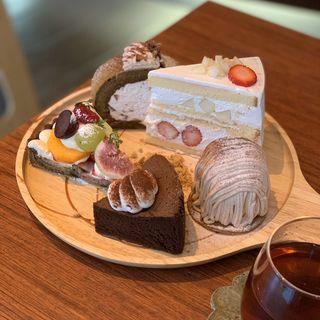 ケーキ(SUGAR)