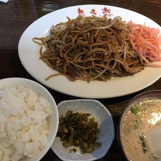 焼きそば・スープ・ごはん(想夫恋 花月店 (ソウフレン))