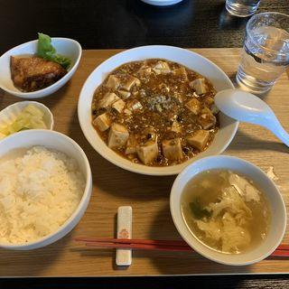 麻婆豆腐定食(中華料理 菜菜 (ツァイツァイ ))