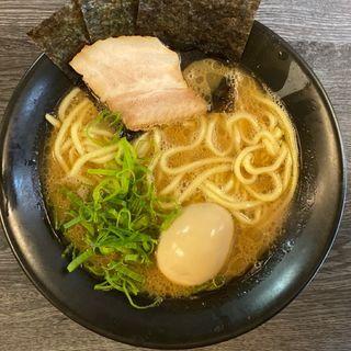 煮卵ラーメン(博多無邪気)
